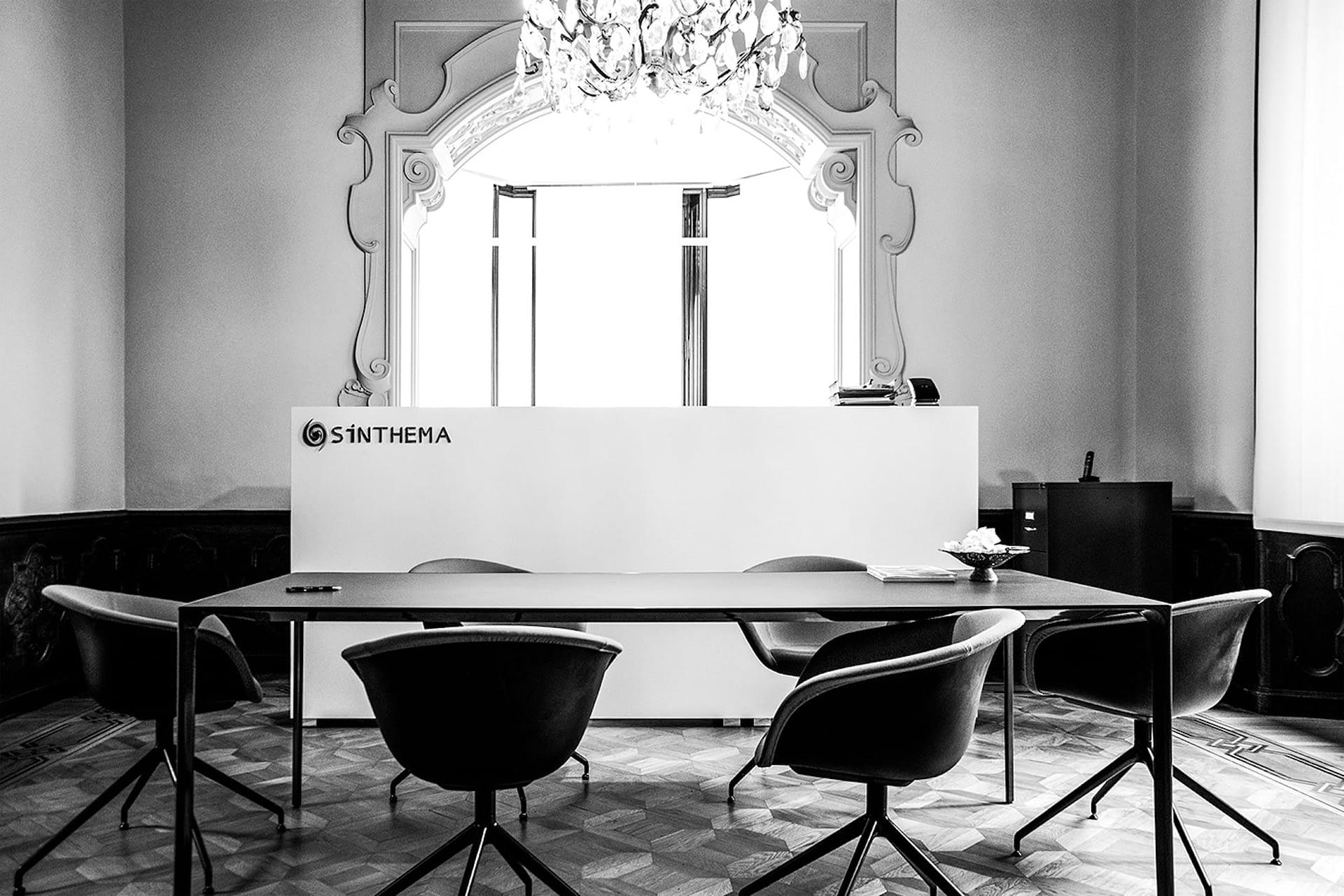 tavolo con sedie BN